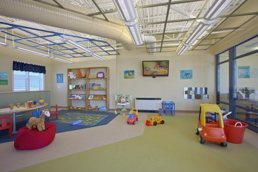 interior-image-of-dr-bobs-place-pediatric-hospice-r111055-517x345.jpg